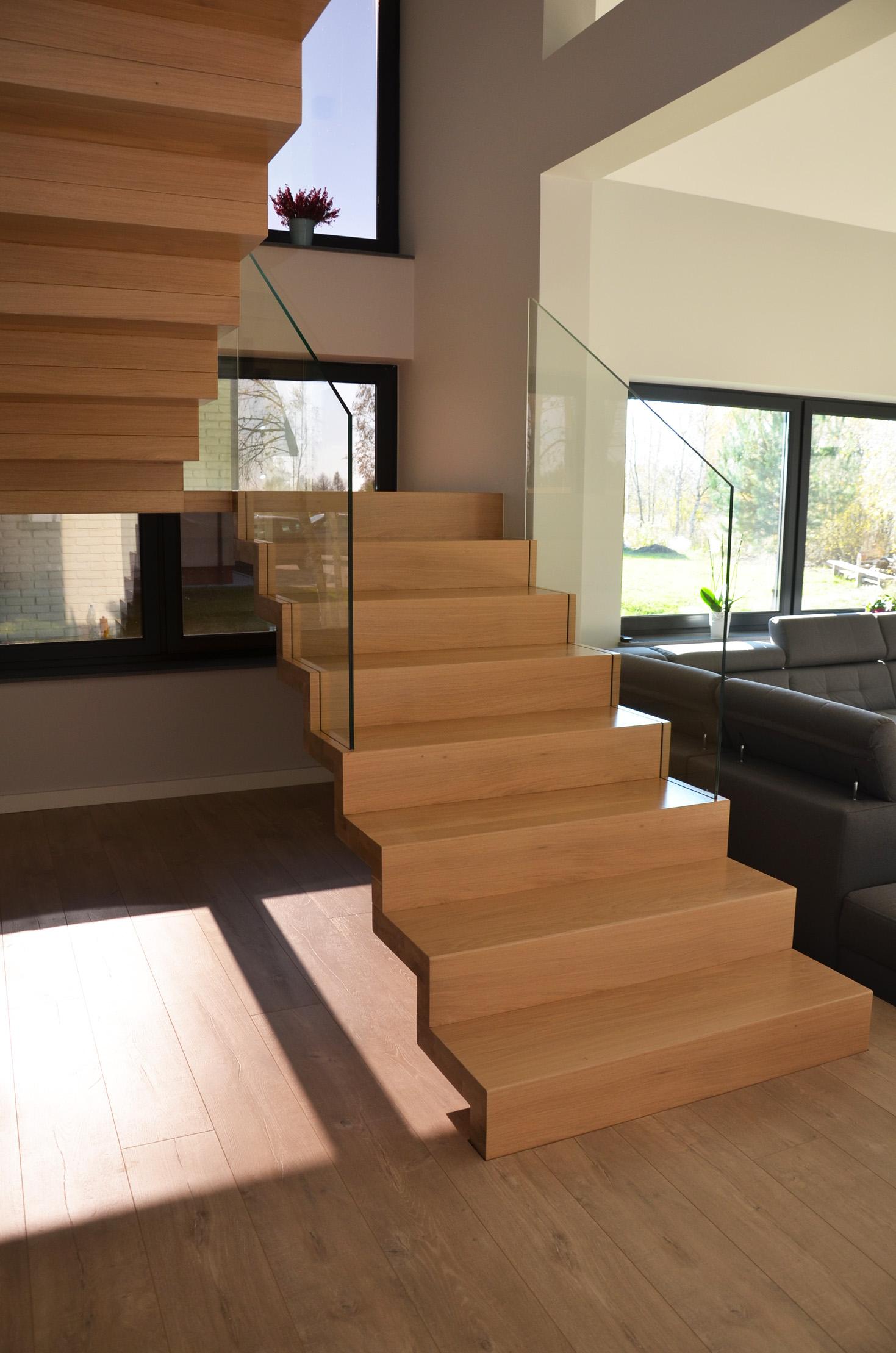 abb-schody-dywanowe-bielone1