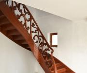 aa-schody-z-rzezbiona-balustrada-1