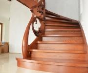 aa-schody-z-rzezbiona-balustrada-7