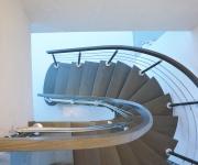 fa-schody-na-jednej-belce-3