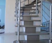 fa-schody-na-jednej-belce1