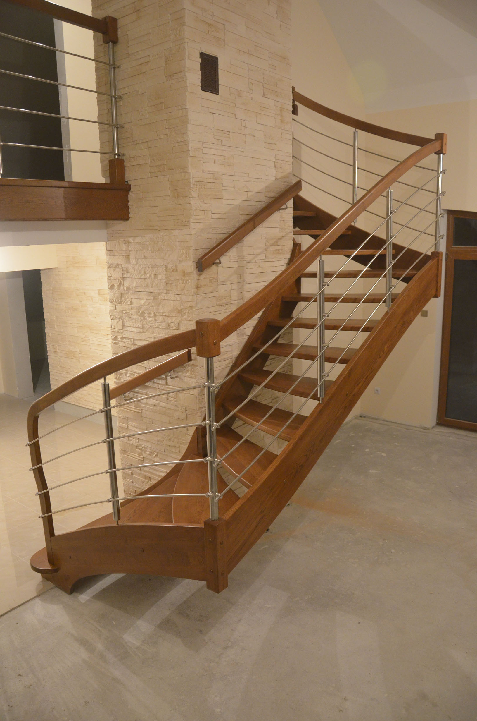nowoczesne-schody-drewniane-1