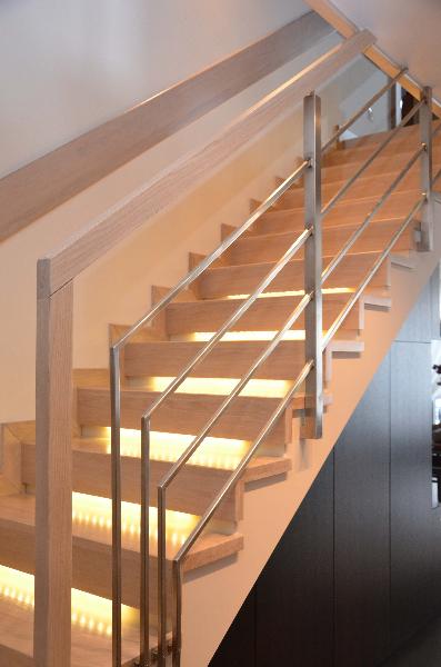 schody-drewniane-dab-bielony-1