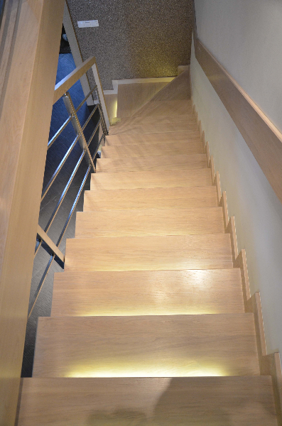 schody-drewniane-dab-bielony-3