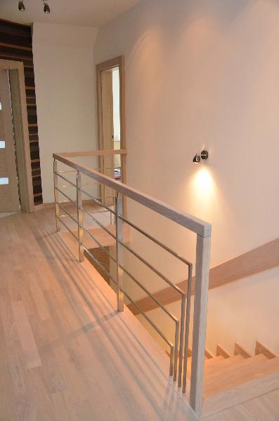 schody-drewniane-dab-bielony-4