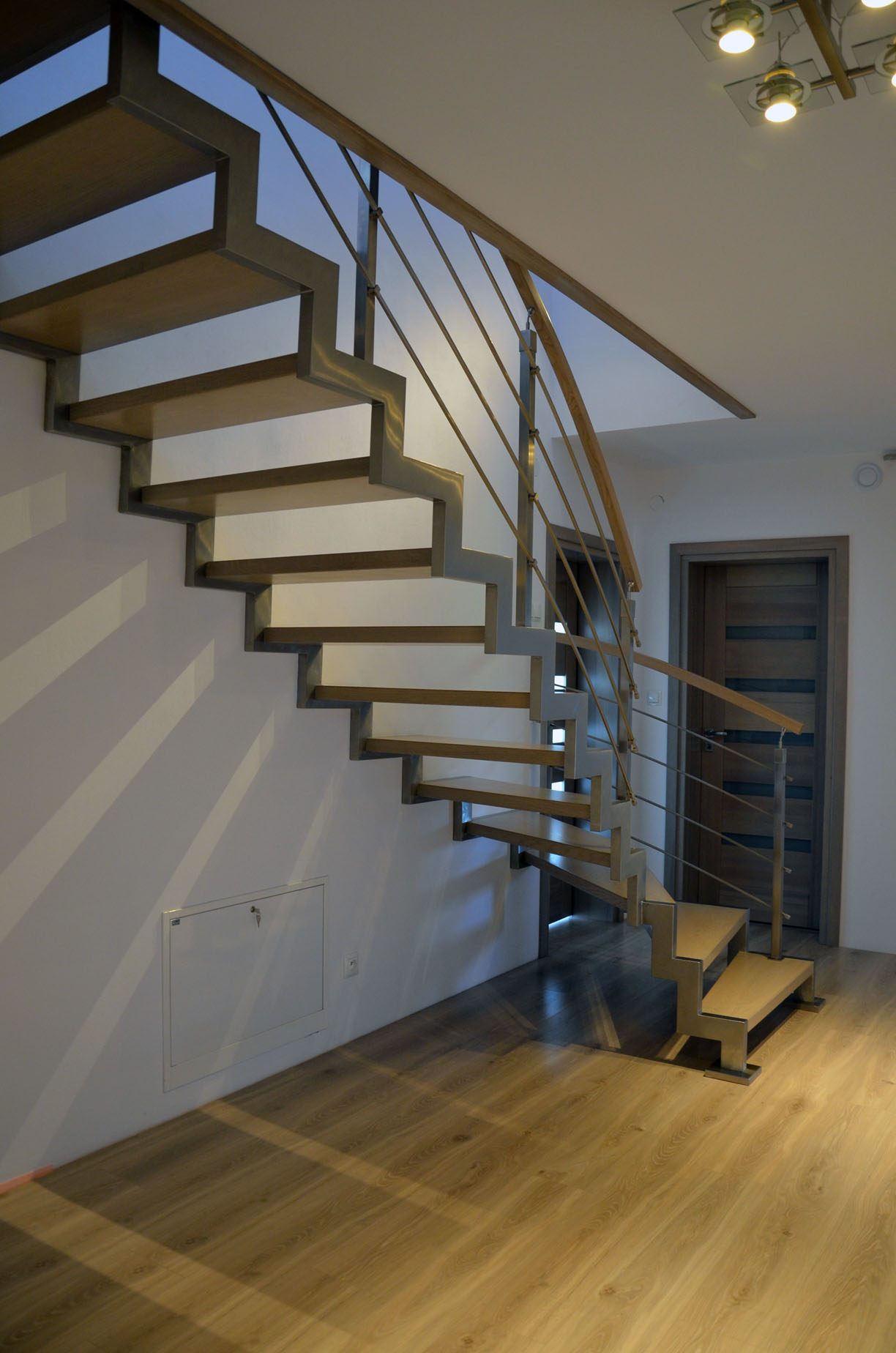 schody-na-konstrukcji-metalowej-4