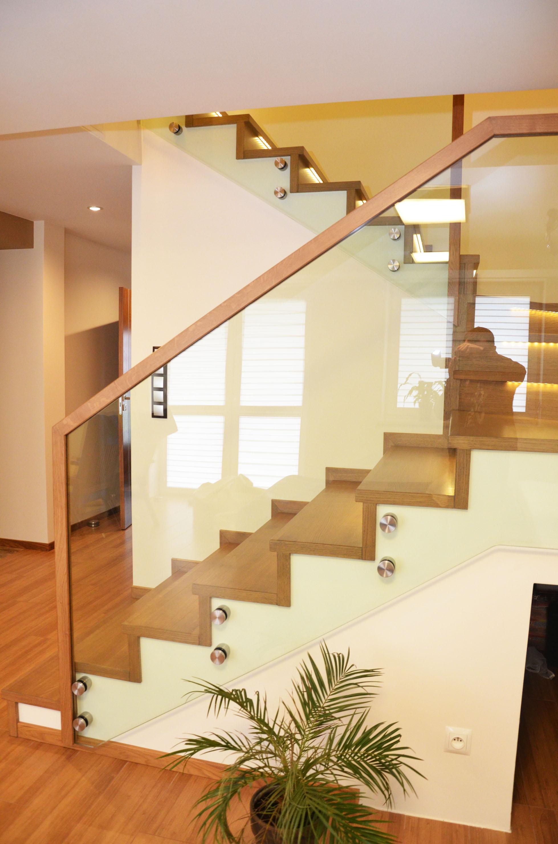 schody-dywanowe-na-beton-3