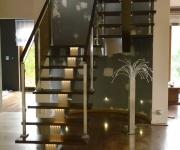 schody-drewniane-ze-stali-nierdzewnej3