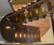 schody-drewniane-ze-stali-nierdzewnej5