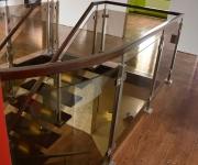 schody-drewniane-ze-stali-nierdzewnej7