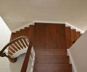 schody-drewniane-w-stylu-angielskim-3