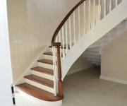 schody-drewniane-w-stylu-angielskim-4