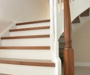 schody-drewniane-w-stylu-angielskim-5