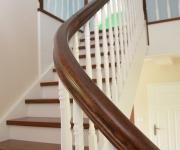 schody-drewniane-w-stylu-angielskim-6