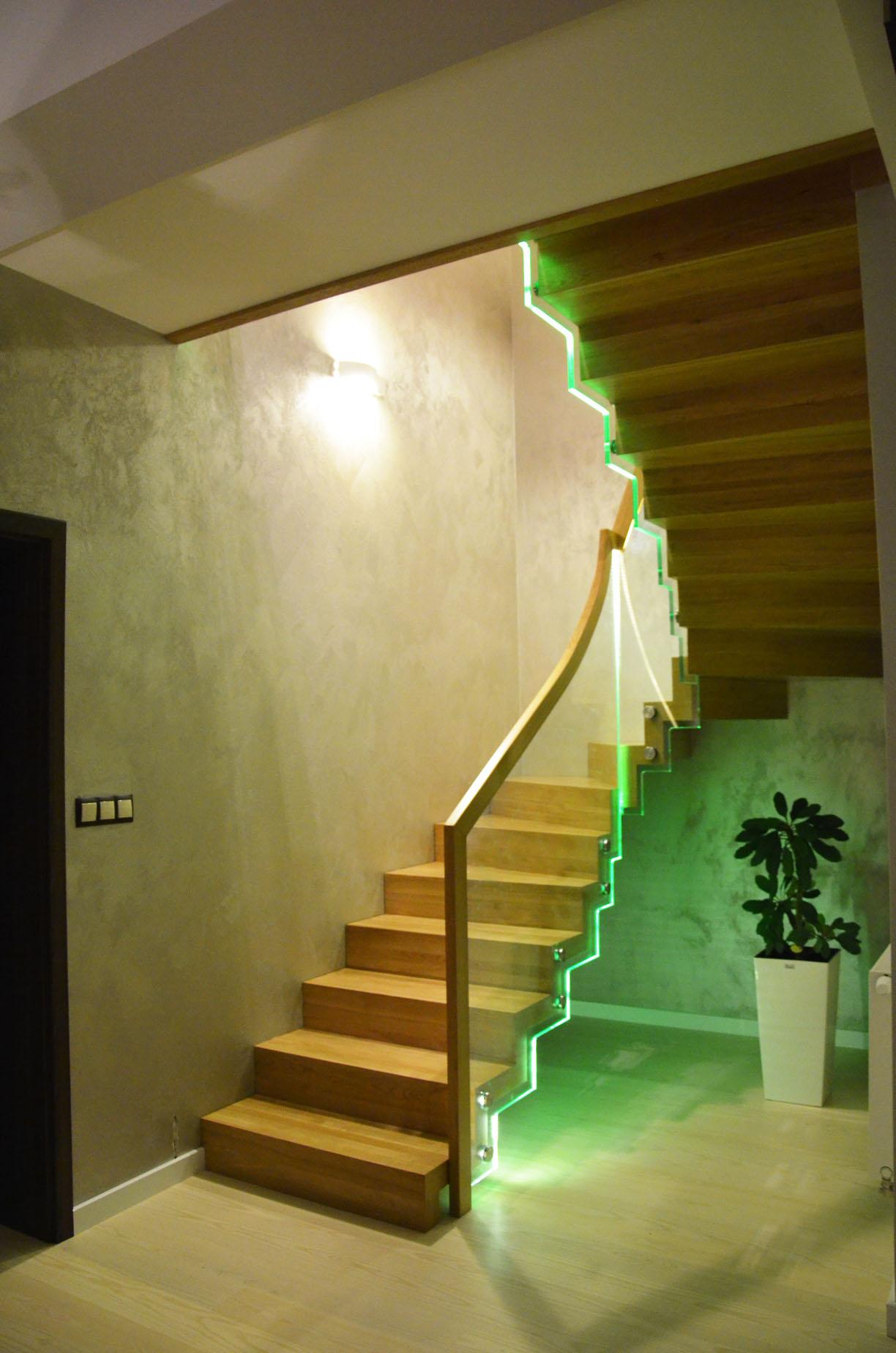 schody dywanowe dębowe 1