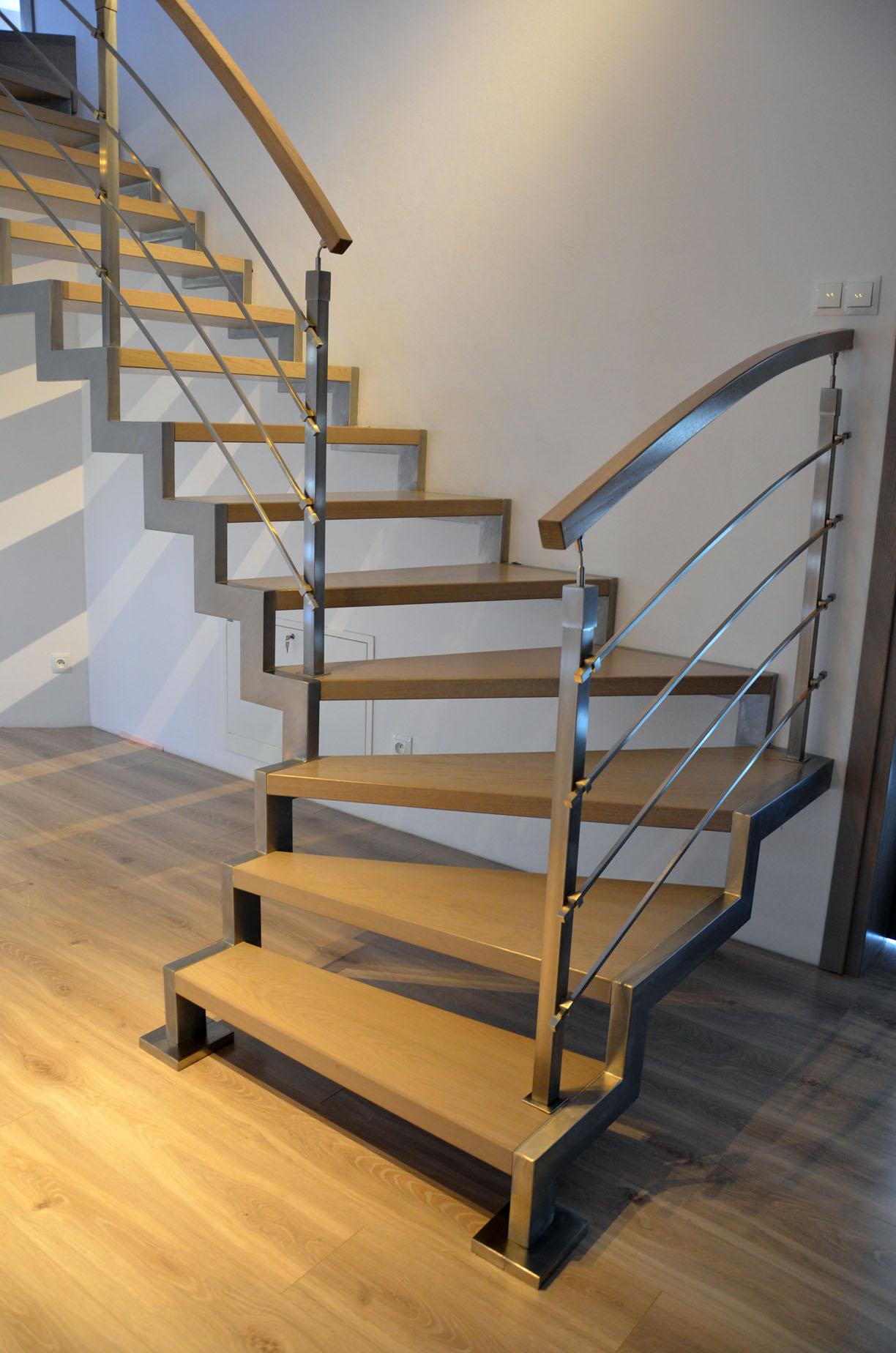schody na konstrukcji metalowej 1